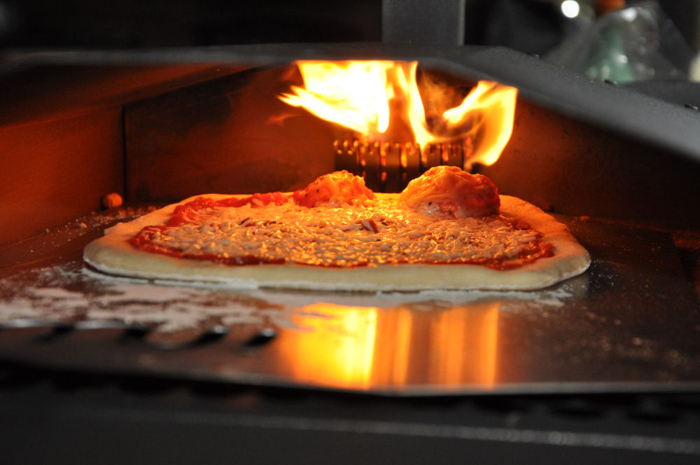 Awesome Homemade Pizza Oven Alternatives - Smoking Meat ...