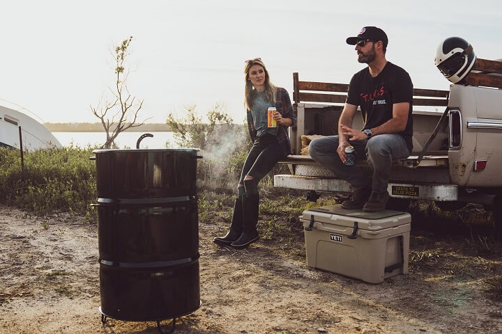 barrel smoker outdoors